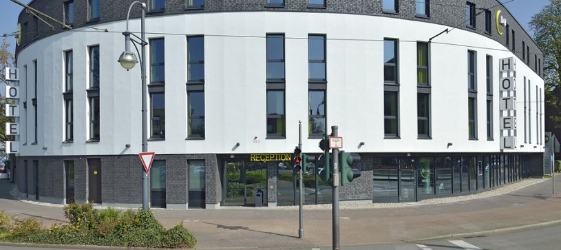 Hotel Krefeld exterior by day