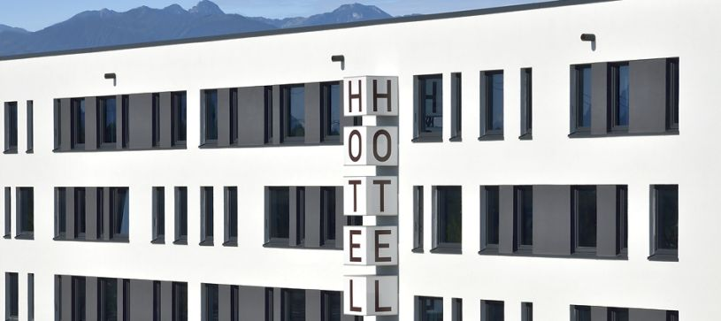 Hotel Rosenheim exterior by day closeup