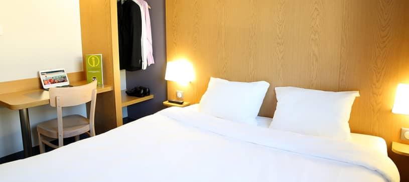 Hotel in Aix-en-Provence Le Tholonet double room