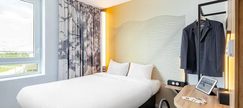 hôtel à cergy chambre double