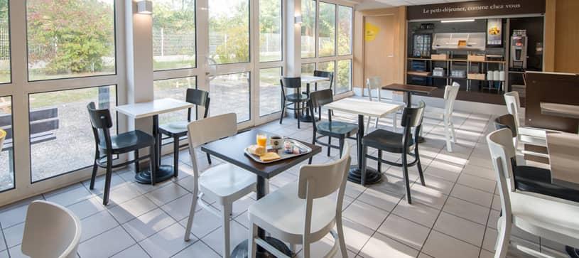 hotel in freyming breakfast room
