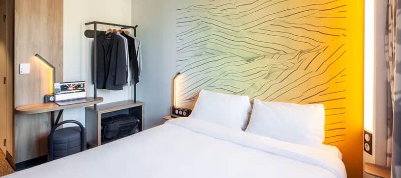 B&B HOTELS | Chambre avec 1 lit double | Non Fumeur (1/3)
