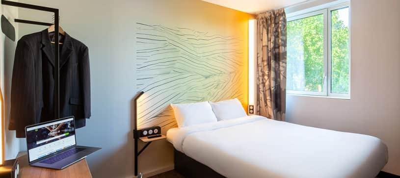 B&B HOTELS   Chambre avec 1 lit double   Non Fumeur (2/3)