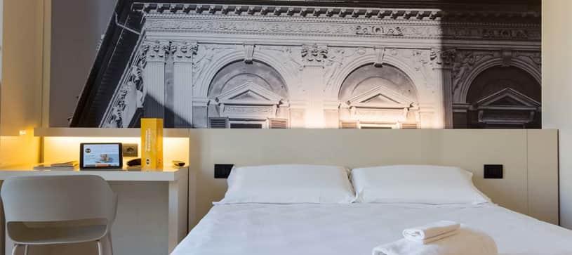 B&B Hotel Genova - Camera matrimoniale 1