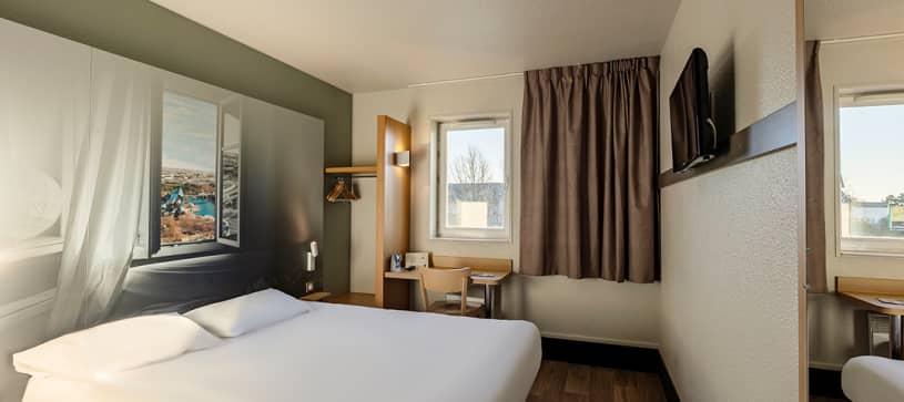 chambre double B&B Hôtel Poitiers 1 Futuroscope