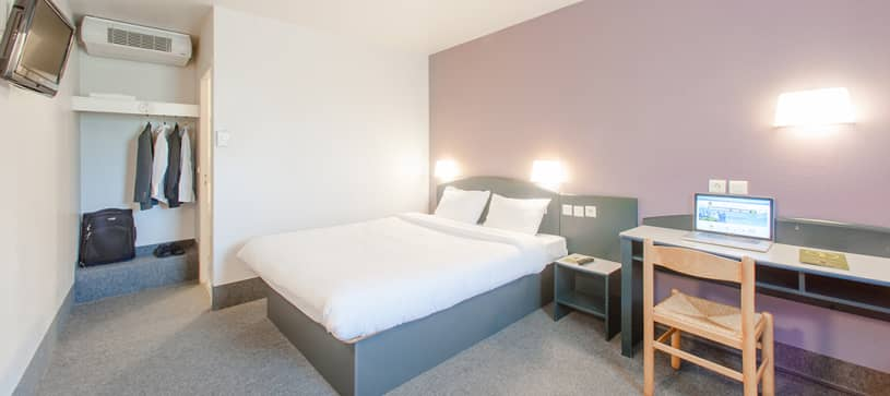 hotel in saclay double room