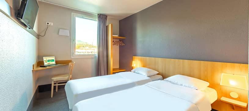 chambre twin B&B Hôtel Toulon Ollioules