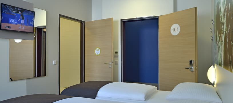 Hotel Dortmund-City accessible twin room