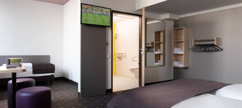 Hotel Düsseldorf Hbf accessible twin room