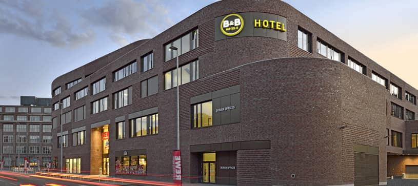Hotel Hannover-City Außenansicht bei Nacht