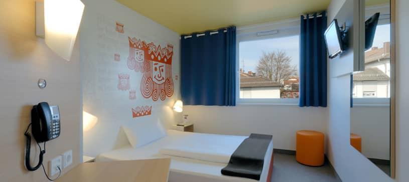 Hotel Kaiserslautern Zimmer für 1 bis 2 Personen