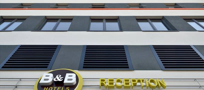 Hotel Köln-Troisdorf exterior by day
