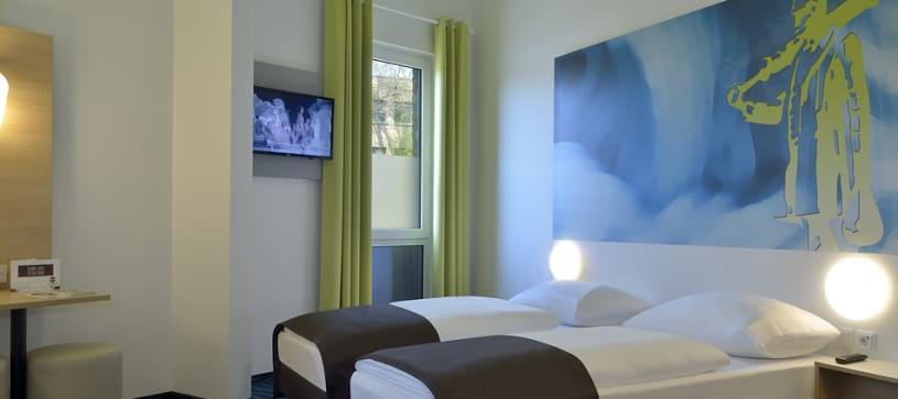 Hotel Krefeld accessible twin room