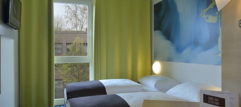 Hotel Krefeld twin room