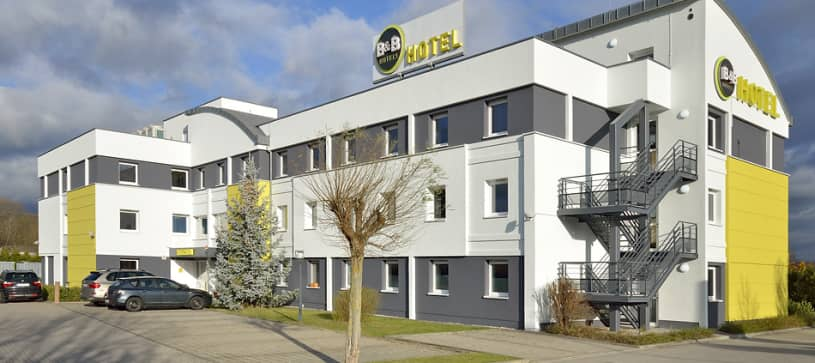 Hotel Leipzig-Nord exterior by day