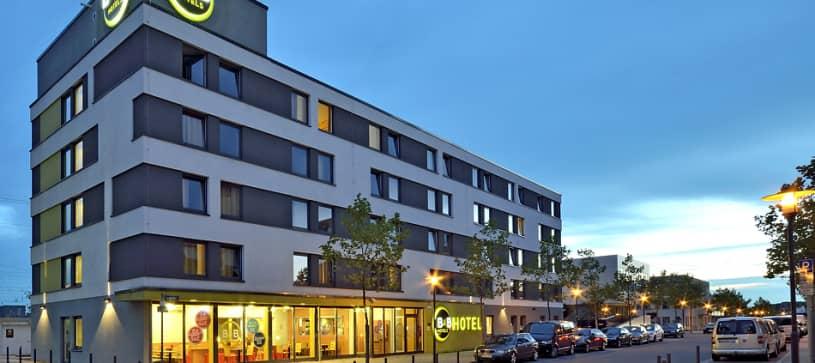 Hotel Saarbrücken-Hbf Exterior