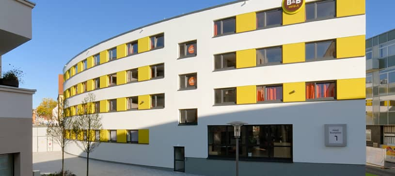 Hotel Schweinfurt-City exterior by day