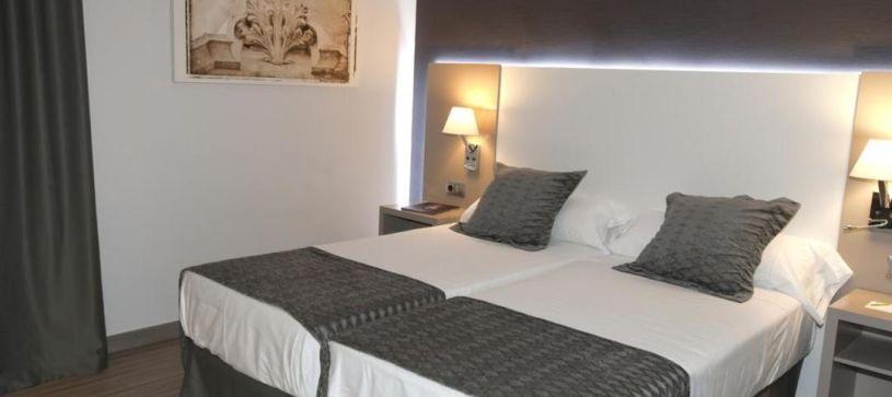 Habitación doble con dos camas Hotel B&B Cartagena Cartagonova