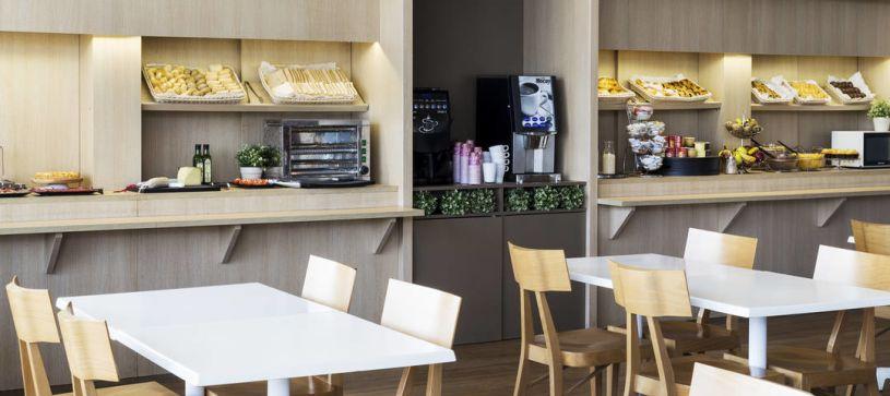 Cafetería Hotel B&B Barcelona Viladecans