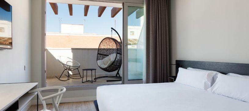 Habitación doble premium con terraza Madrid Hotel B&B Puerta del Sol