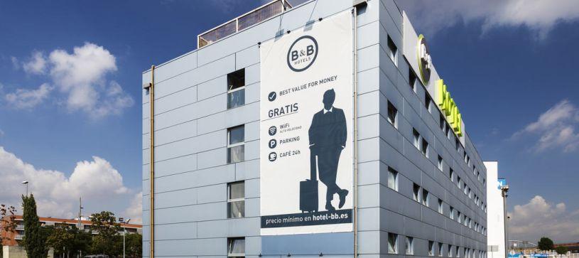 Edificio Hotel B&B Barcelona Mollet