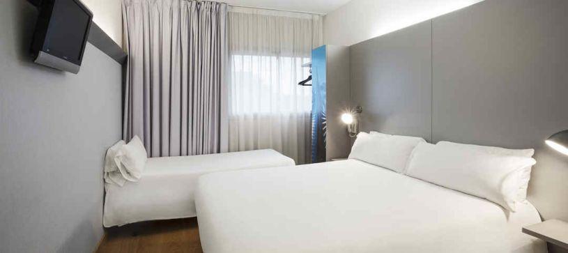Habitación Familiar Hotel B&B Girona 2