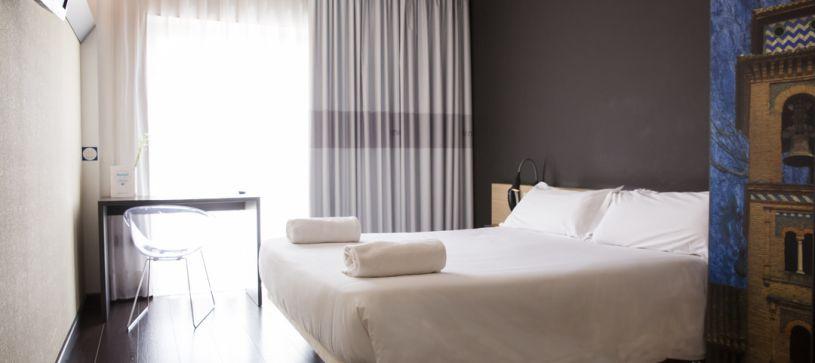 Habitación doble matrimonial Hotel B&B Granada