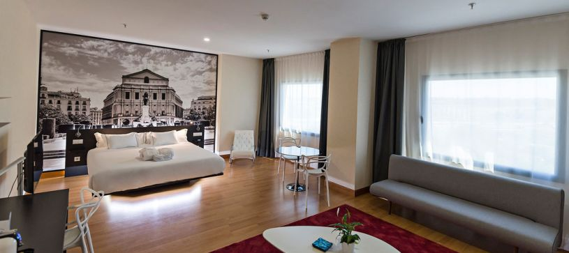 Suite Hotel B&B Madrid Aeropuerto T4