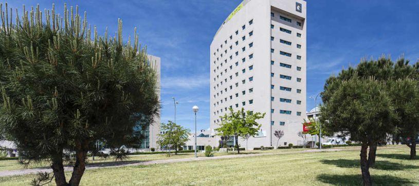 Hotel B&B Madrid Aeropuerto T4 exteriores