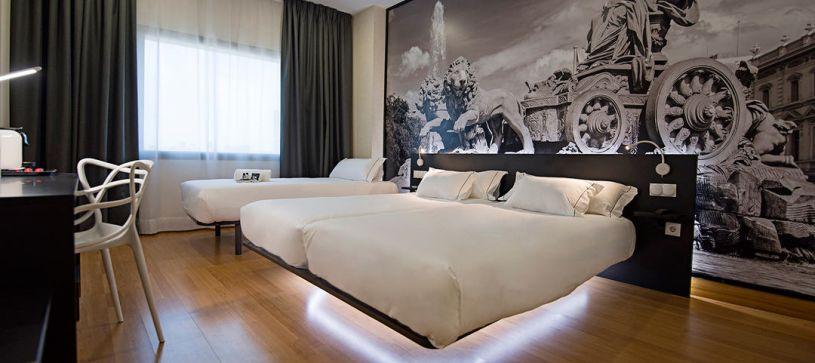 Habitación triple Hotel B&B Madrid Aeropuerto T4