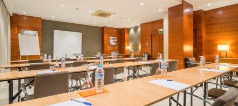 Sala de reuniones Hotel B&B Granada Estación