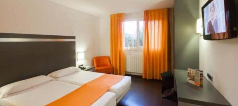 Habitación doble con dos camas Hotel B&B Oviedo