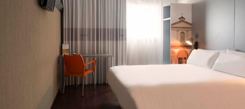 Hotel B&B habitación doble matrimonial