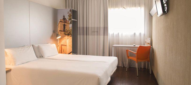 Hotel B&B Granollers habitación doble con dos camas