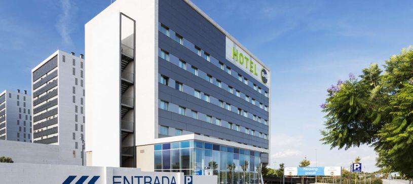 Parking Hotel B&B Barcelona Viladecans