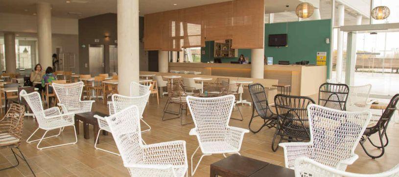 Zona de recepción y lobby Hotel B&B Barcelona Viladecans