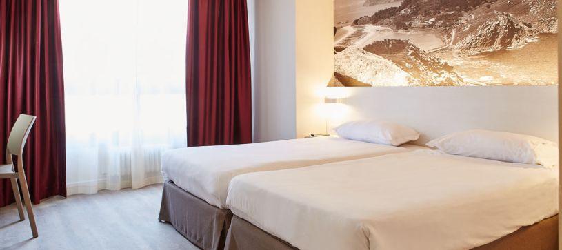 Hotel B&B Vigo habitación doble con doble con dos camas