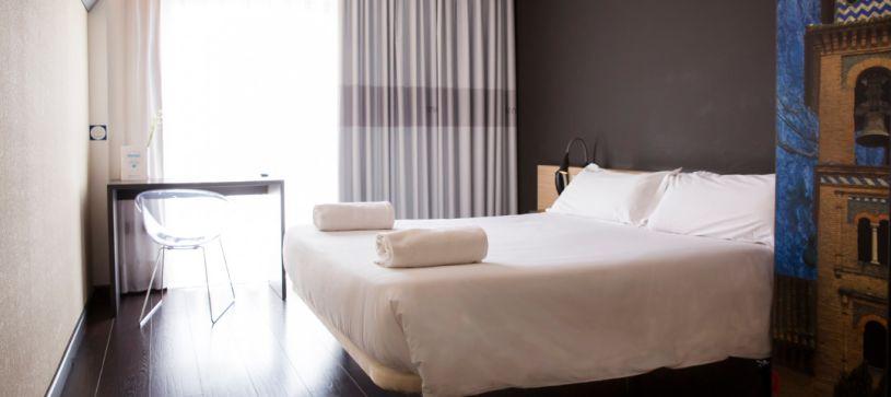 Hotel B&B Granada Habitación doble con cama de matrimonio
