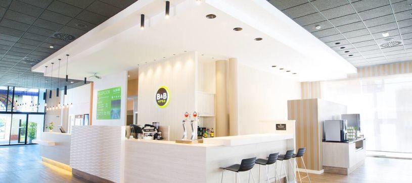 Bar cafetería Hotel B&B Alicante