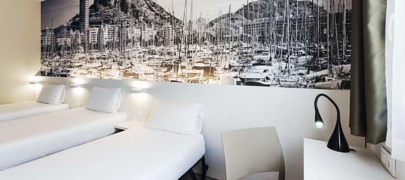 Habitación triple Hotel B&B Alicante