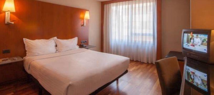 Habitación doble matrimonial Hotel B&B Castellón