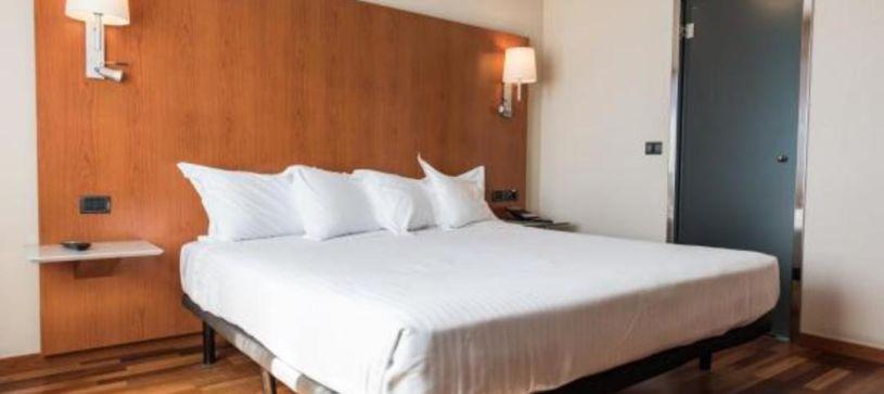 Habitación doble matrimonial Hotel B&B Elche