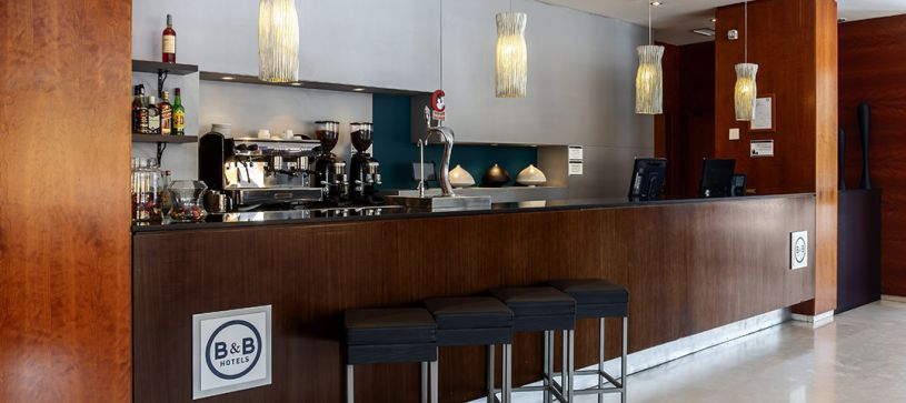 B&B Hotel Granada Estacion Frontdesk