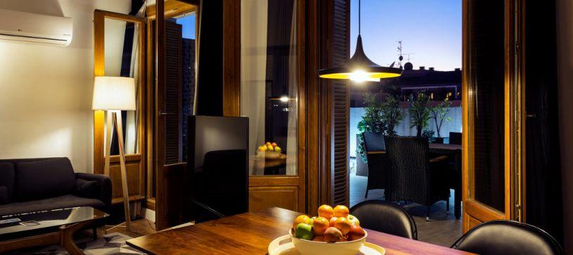 detalle comedor B&B Apartamentos Fuencarral 46