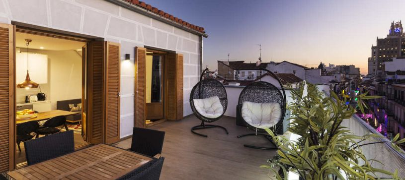 Apartamento con terraza B&B Apartamentos Fuencarral 46