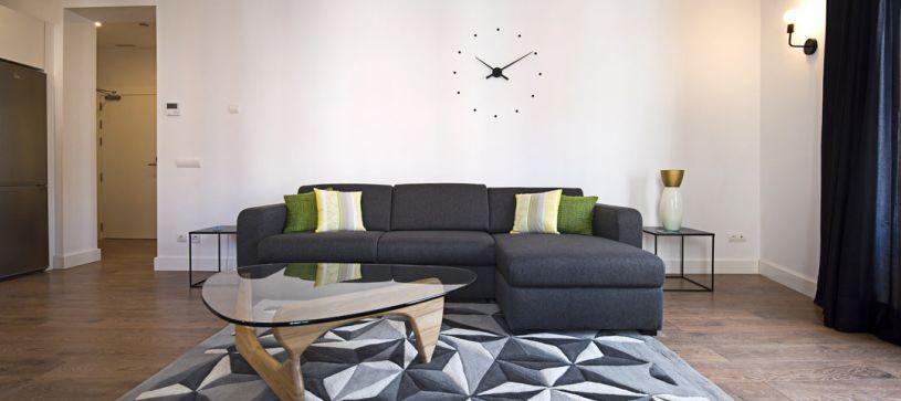 Salón apartamento de 1 dormitorio Madrid B&B Apartamentos Fuencarral 46