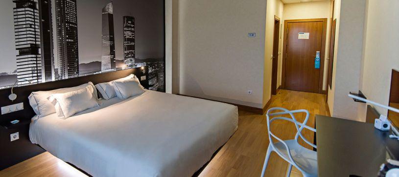 Doble standard panorámica Hotel B&B Madrid Aeropuerto T4