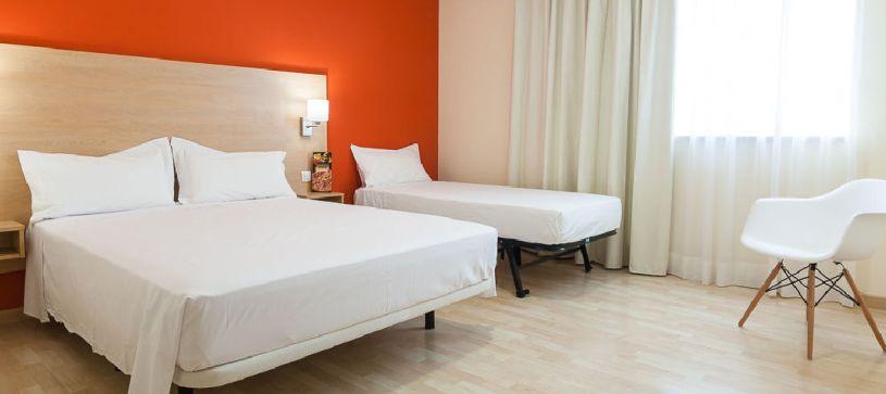 Habitación familiar Hotel B&B Madrid Las Rozas