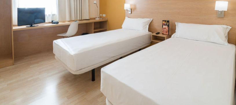 Twin panorámica Hotel B&B Madrid Las Rozas