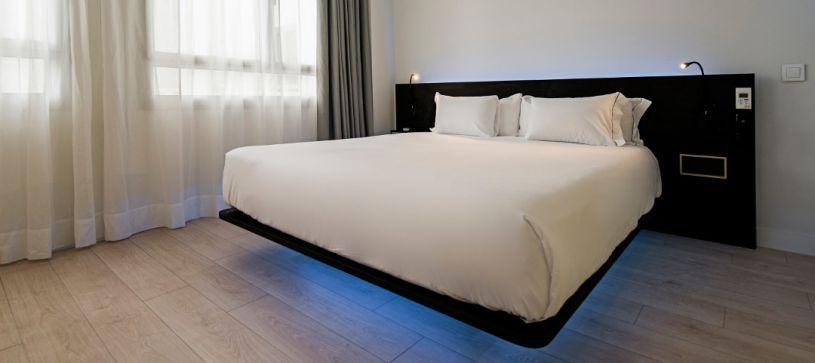 Habitación doble matrimonio Hotel B&B Puerta del Sol